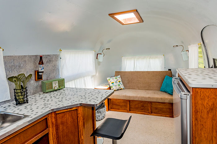 Ethel - A 1961 Overlander Airstream – Interior View